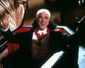 Dracula - leslie-nielsen photo