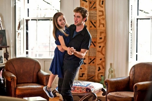 EDward and Renesmee dancing