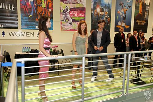 Erica Durance - Comic Con 2010