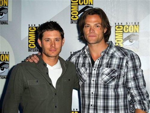 Jared & Jensen @ Comic-Con 2010