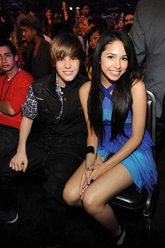 Justin and جیسمین, یاسمین