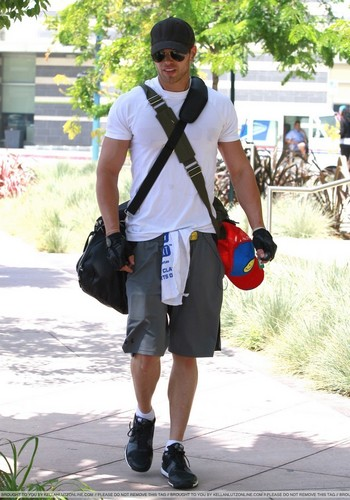 Leaving Gym in LA - 26 July 2010