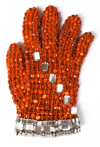 Michael's red glove, glovu