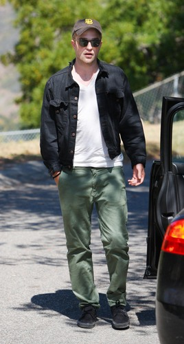 और Rob @ a 'Salt' screening in Malibu