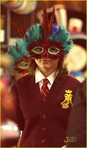 Our masked boy, Prince shopping at Ed Hardy (2009)