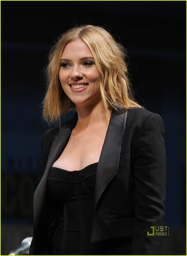 Scarlett Johansson Makes Her Mark At Comic-Con