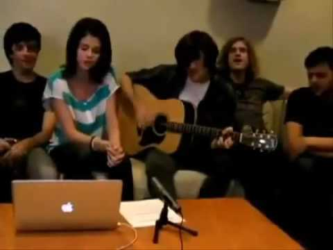 Selena Gomez And The Scene-Falling Down Acoustic