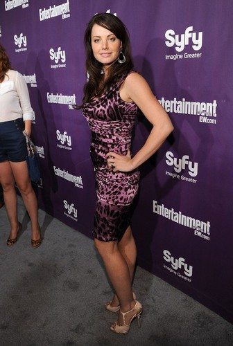 smallville Cast at the EW Syfy Comic-Con party