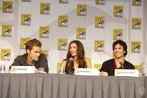 TVD - Comic-Con 2010: Vampire Diaries Session