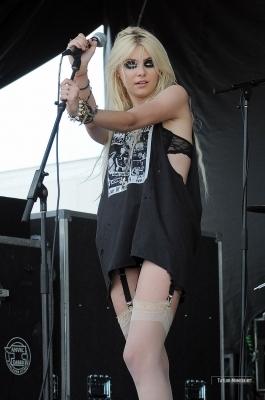 The Pretty Reckless : 2010 Vans Warped Tour > July 24: West Palm, FL