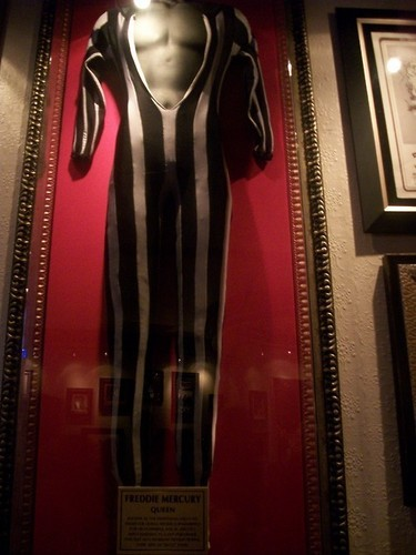 This suit was worn oleh Freddie during their 1978 US Jazz Tour