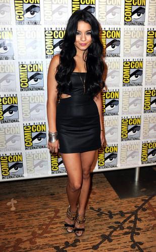 Vanessa @ Comic-Con 2010
