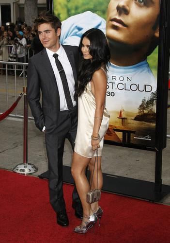 "Zac & Vanessa @ ""Charlie St. Cloud"" Los Angeles Premiere"