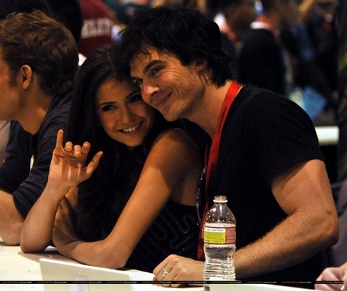 signing at Comic-Con - ian-somerhalder-and-nina-dobrev Photo