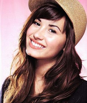 Demi Lovato on Demi    Myluv    Demi Lovato Photo