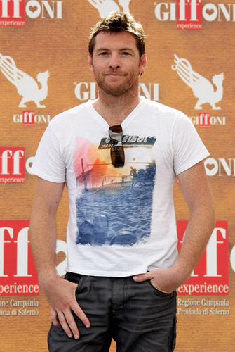 Sam Worthington wallpaper entitled  Sam Worthingt the Giffoni Award during Giffoni Experience 2010 on July 28, 2010 Italia