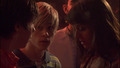 1x09 - maxxie-oliver screencap