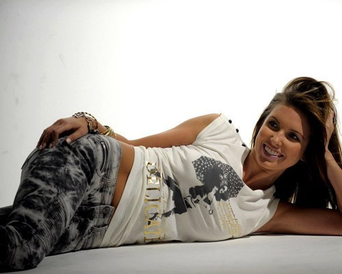 The Hills wolpeyper titled Audrina Patridge looking fabu on photoshoot '''Bongo'''