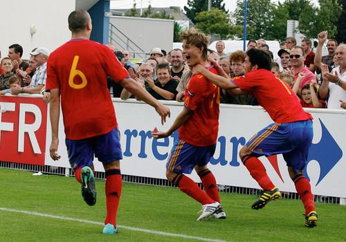 España contra Inglaterra (UEFA U19 campeonato de Europa : semifinal)3-1