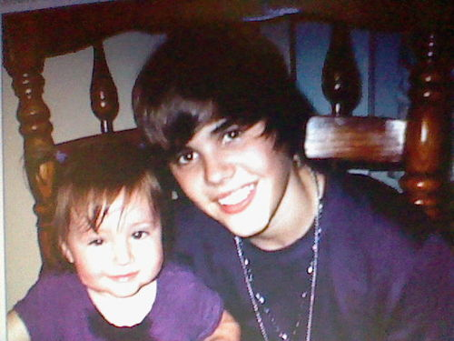 J BIEBES AND LIL SIS