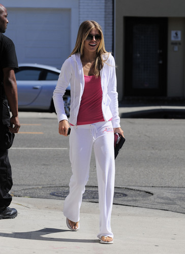 July 28th: Leaving Warren Tricomi Salon in West Hollywood (more pics)