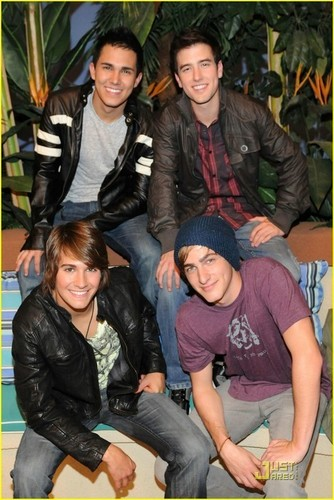 Kendall and Logan