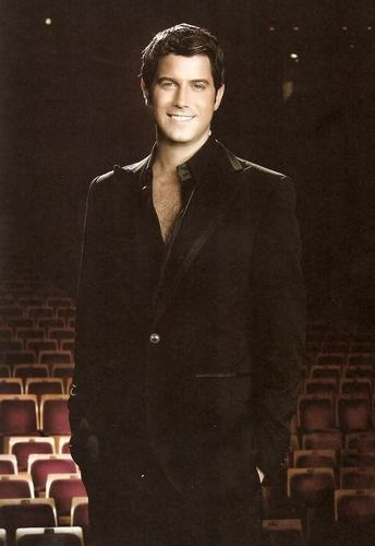 Il Divo wallpaper entitled Sebastien Izambard