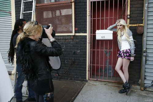 "Taylor ""Material Girl"" shoot"