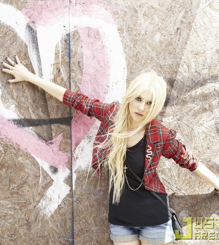 Taylor Momsen - Material Girl Line photo Shoot and Bangtan Boys