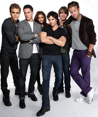 The Vampire Diaries Cast - stefan-and-elena Photo