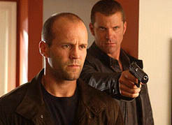 Jason Statham karatasi la kupamba ukuta entitled Jason in Cellular