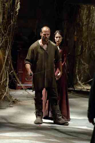Jason Statham karatasi la kupamba ukuta titled Jason in In the Name of the King: A Dungeon Siege