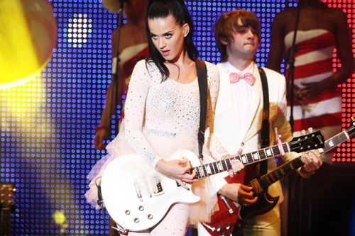 Katy Perry এমটিভি World Stage