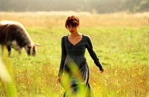 Pride and Prejudice wallpaper called Keira Knightley - BTS - Elizabeth Bennet