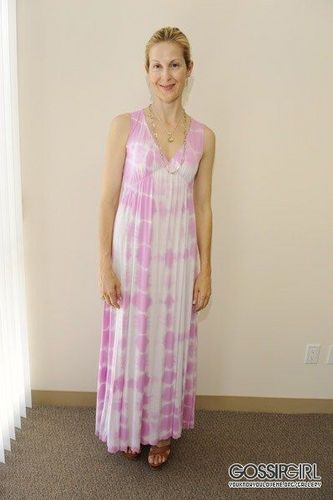 Kelly Rutherford Fitting In Beverly Hills