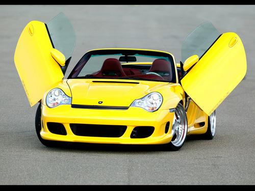 Porsche fond d'écran titled PORSCHE GEMBALLA GTR 600 BITURBO