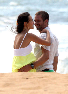 Paul & Jordana on set Fast & Furious 5