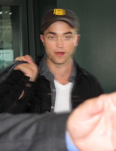 Rob Arriving in Nashville Yesterday HQ