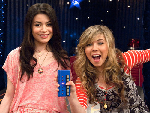 iCarly wallpaper called iGot A Hot Room