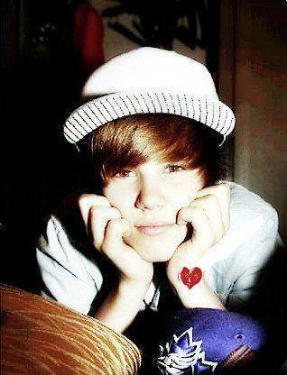 justin bieber cute photos. justin bieber cute