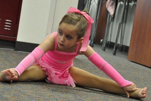 Renesmee@ dance class