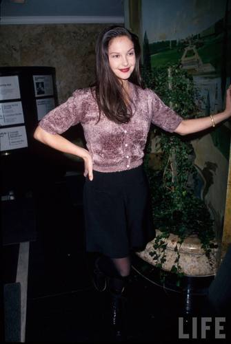 Actress Ashley Judd in 1994