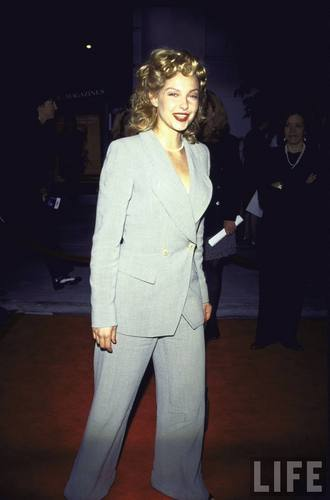 Actress Ashley Judd in 1995