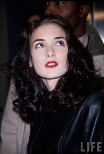 Actress Winona Ryder in 1992 (2)