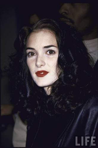 Actress Winona Ryder in 1992 (1)