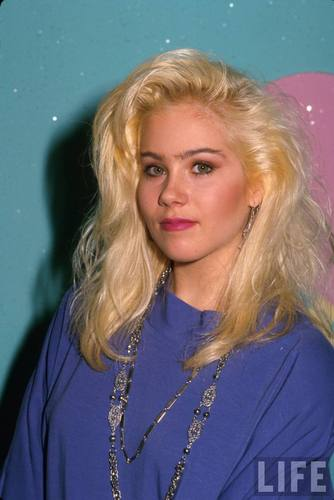Christina Applegate in 1988