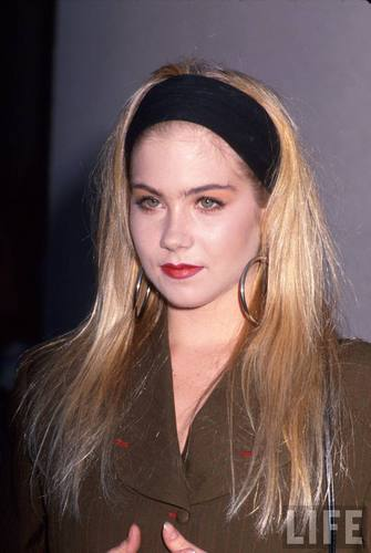 Christina Applegate in 1990