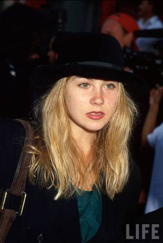 Christina Applegate in 1991