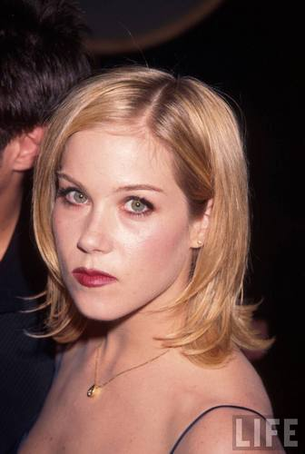 Christina Applegate in 1997