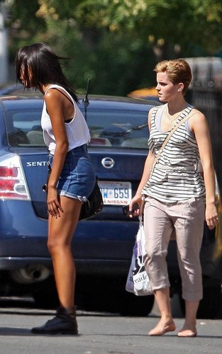 Emma Watson Debuts Short Hairdo in NYC!